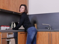 housewives, Kitchen Fuck, Perfect Body, Table Bondage