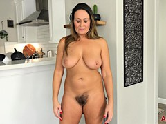 Bushy Girls Fuck, bushy Pussy, Hairy Mature Fuck, Young Hairy Pussy, sex With Mature, Mature in Solo, hole, soft, Single Babe