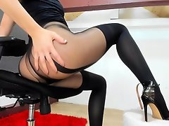 Real Amateur Student, Girls Butt Toying, Round Ass, Riding Vibrator, Fetish, Nylon, Perfect Ass, Perfect Body Hd, solo Girl, Sologirls, toy